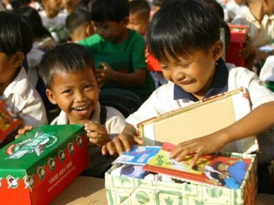 Malaysia | Christmas Gifts for Children in need