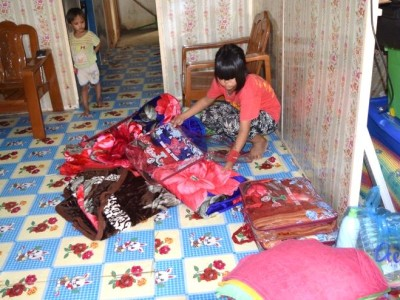MYANMAR | Gifts for Christmas for children