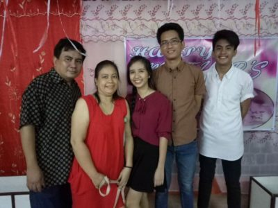 PHILIPPINES – ADVENT CHRISTIAN MOVEMENT (ACM) MANILA. Pastor Roy Rocha and family.